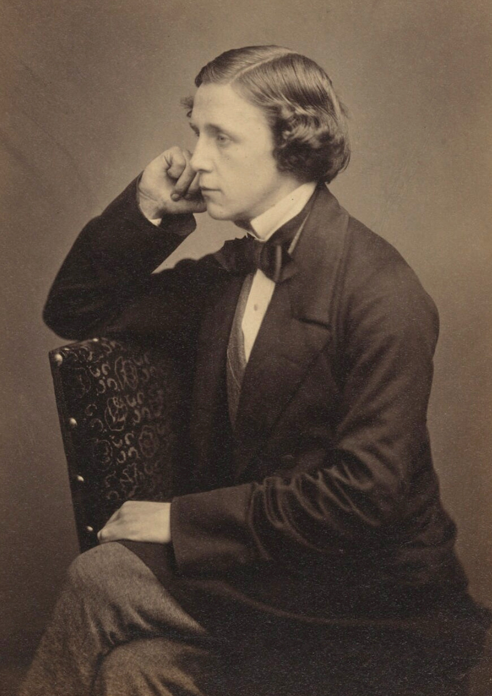 Image courtesy https://www.npg.org.uk/collections/search/portrait/mw01891/Lewis-Carroll?LinkID=mp01321&role=sit&displayNo=60&rNo=2.